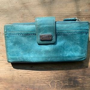 Fossil Leather Turquoise Wallet